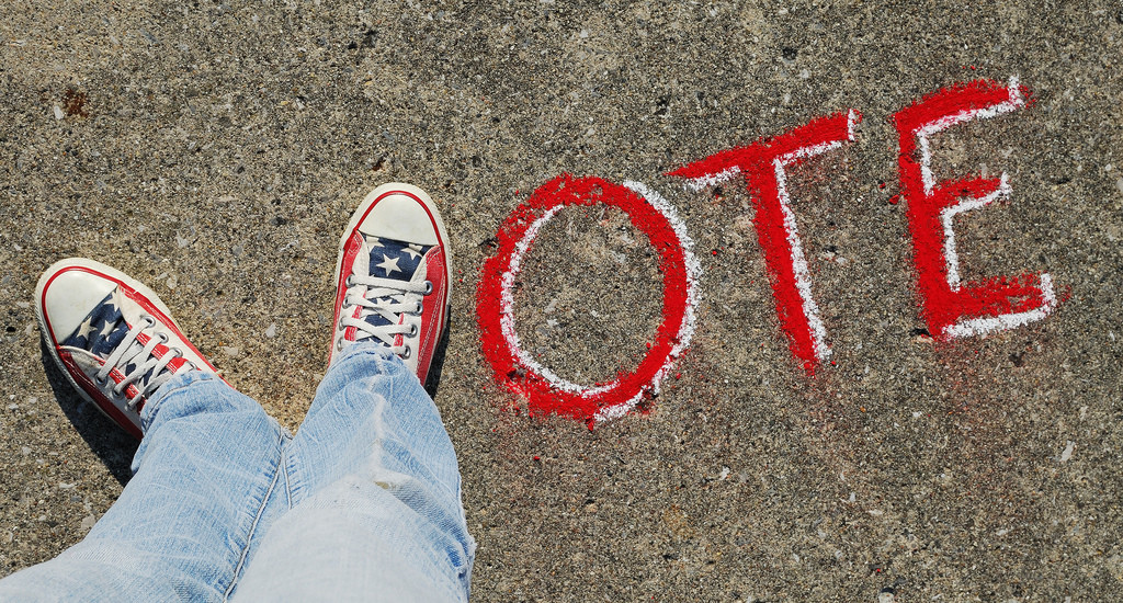 vote-sneakers-1024x550
